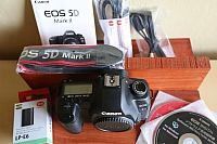 Canon EOS 5D Mark II 21.1 MP Digital SLR Camera 2 години гаранция.