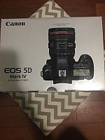Canon EOS 5D Mark IV EF 24-105mm WhatsApp: 447452264959