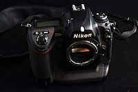 Nikon D2HS 4.1MP Digital SLR Camera - Black